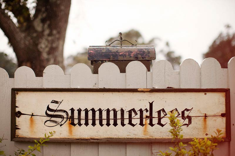 Summerlees sign for wedding