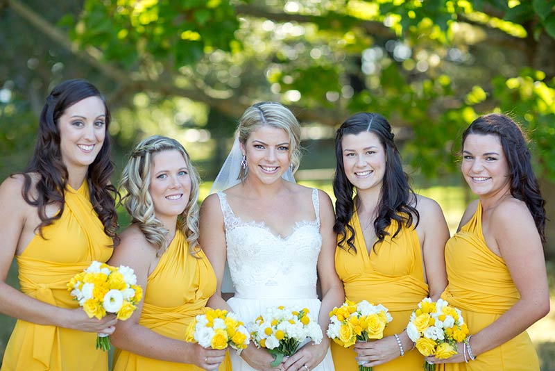 bride-and-bridesmaids