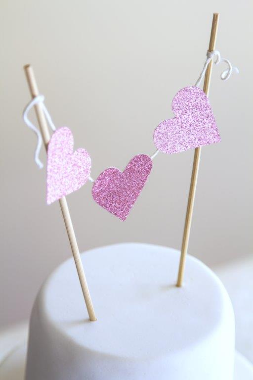 Wedding DIY - mini heart garland
