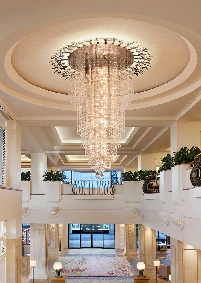 Grand-Chandelier-&-Lobby-View