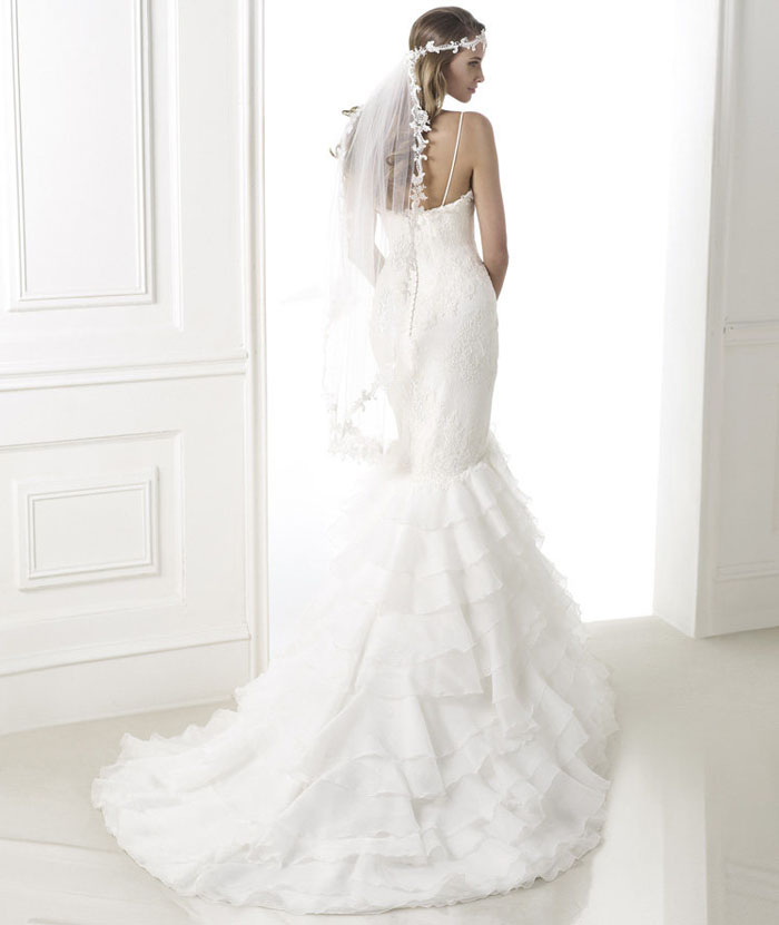 Pronovias 2015 Dreams Collection Belinda Wedding Gown