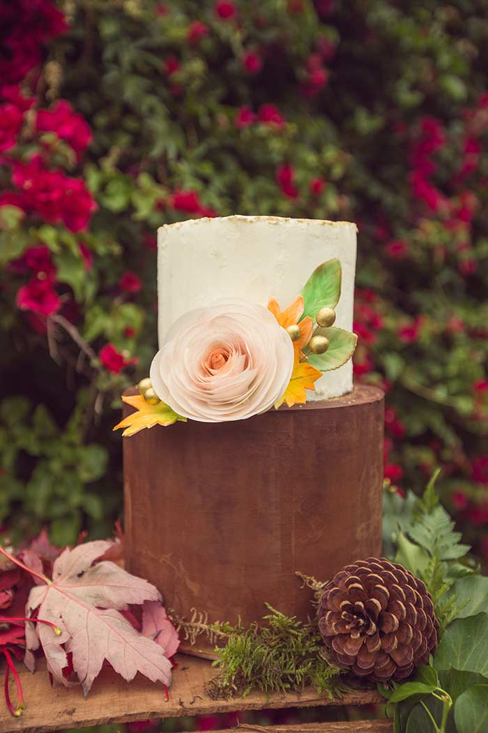 lil elements photography - its a cake thing - 20 Pretty Floral Wedding Cakes - Brown Wedding Cake