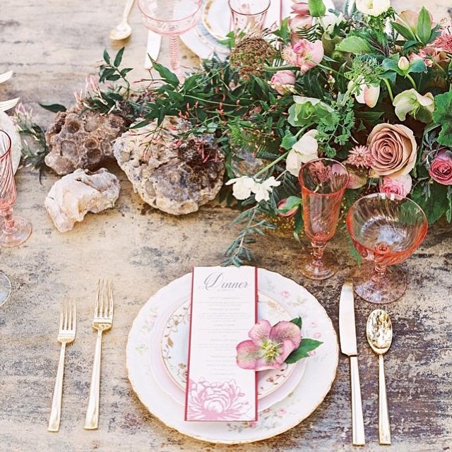 The Best Wedding Instagrams - Wedding Place Setting