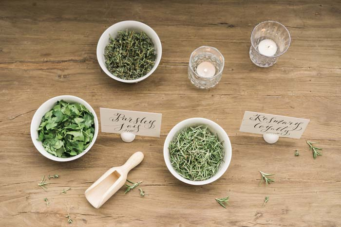 foliage-styling-tableware-Herbs