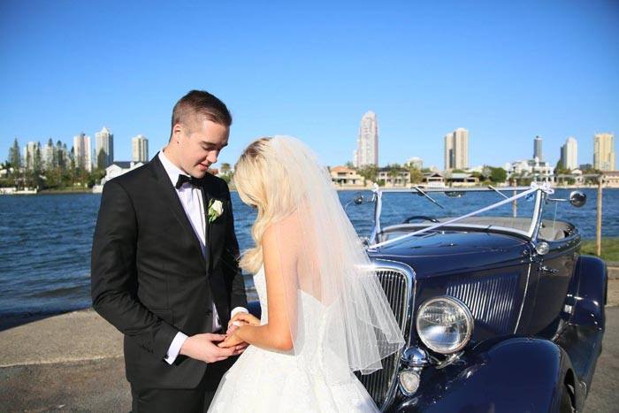 southportyachtclub-queenslandwedding-couple