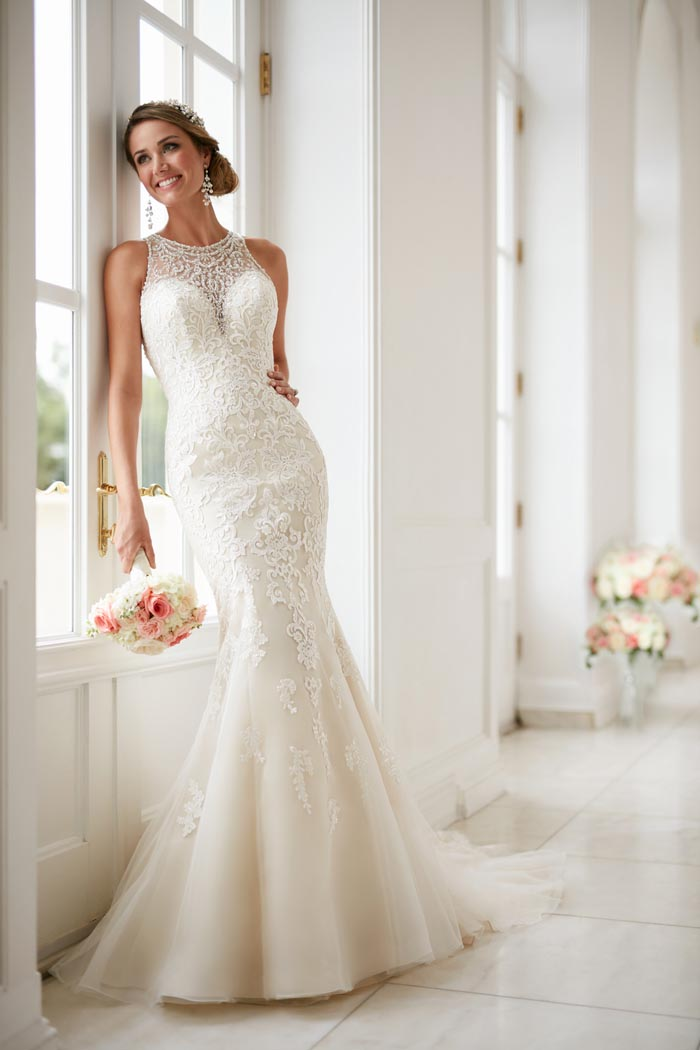 Stunning wedding dresses from stella york 2017 modern for Wedding dress shops york